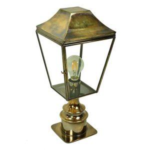 Knightsbridge Pillar Lantern Short by the limehouse lamp company